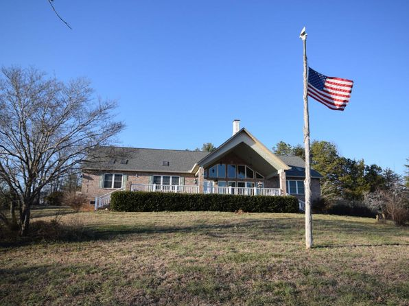4 bed 3 bath Single Family at 4500 Hall Rd Loudon, TN, 37774 is for sale at 425k - 1 of 36