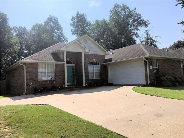 3 bed 2 bath Single Family at 680 Woodland Trl Greenwood, AR, 72936 is for sale at 155k - 1 of 13