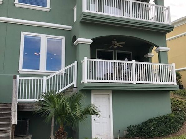 3 bed 3 bath Townhouse at 44 Harbor Town Pt Isabel, TX, 78578 is for sale at 275k - 1 of 23