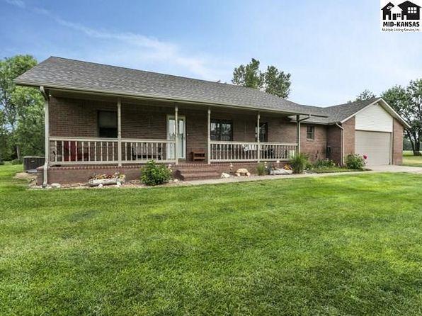 4 bed 4 bath Single Family at 3805 E 56th Ave Hutchinson, KS, 67502 is for sale at 400k - 1 of 21
