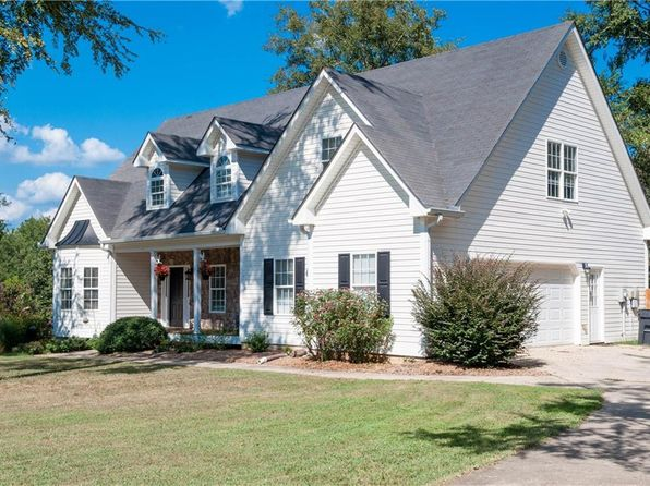 5 bed 3 bath Single Family at 40 Bucky St Euharlee, GA, 30145 is for sale at 245k - 1 of 29