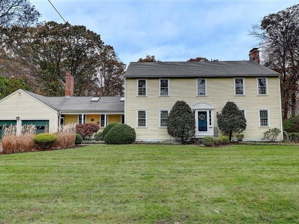 5 bed 4 bath Single Family at 5 Half Mile Rd Barrington, RI, 02806 is for sale at 840k - 1 of 40