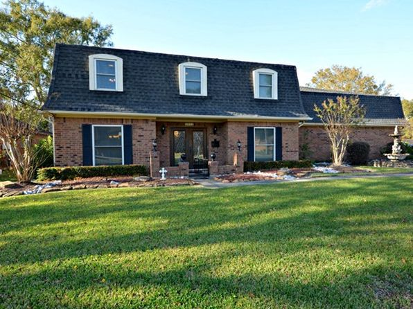 4 bed 3 bath Single Family at 2414 Harms Cir Port Neches, TX, 77651 is for sale at 270k - 1 of 25