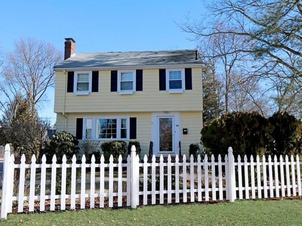 3 bed 2 bath Single Family at 69 MOUNT VERNON ST BOSTON, MA, 02108 is for sale at 679k - 1 of 29