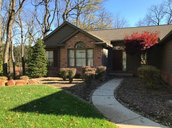 3 bed 3 bath Single Family at 7545 Towering Pines Dr Brighton, MI, 48116 is for sale at 330k - 1 of 53