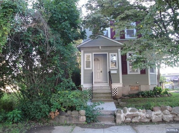 3 bed 2 bath Single Family at 212 Lafayette St Roselle, NJ, 07203 is for sale at 235k - 1 of 25