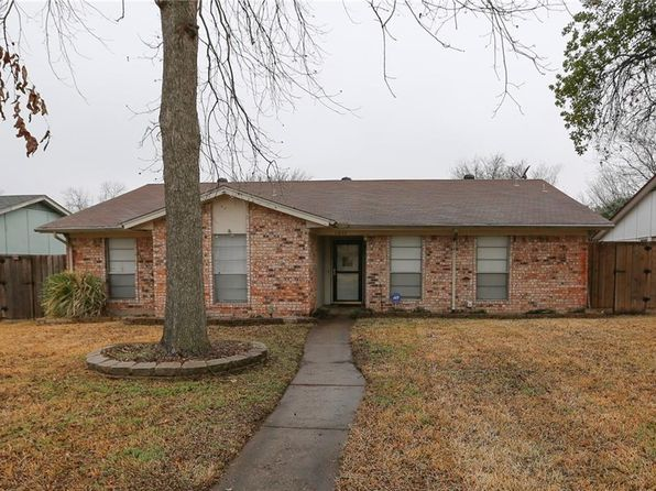 4 bed 2 bath Single Family at 1511 CREEKWOOD LN MESQUITE, TX, 75149 is for sale at 150k - 1 of 19