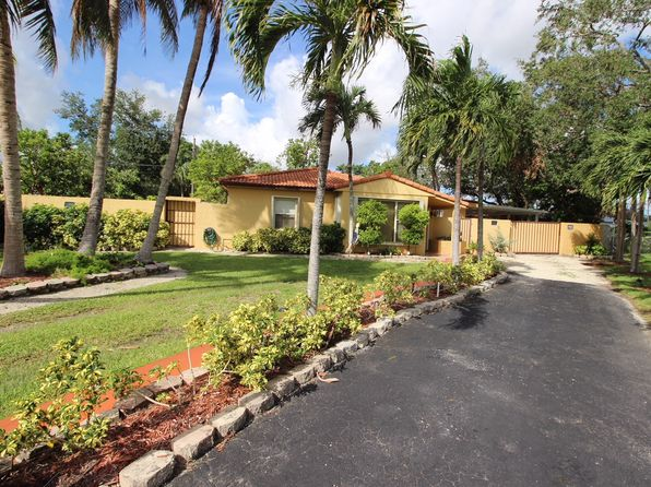4 bed 3 bath Single Family at 1450 SW 73rd Pl Miami, FL, 33144 is for sale at 425k - 1 of 15