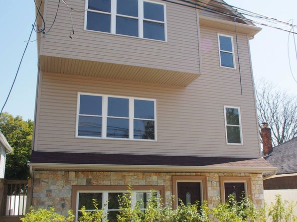 3 bed 2 bath Single Family at 7 Wavecrest St Staten Island, NY, 10306 is for sale at 600k - 1 of 13