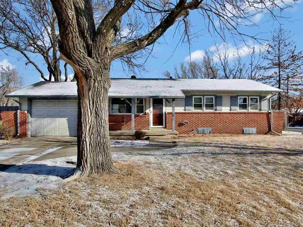 3 bed 2 bath Single Family at 1300 N Morgantown Ave Wichita, KS, 67212 is for sale at 118k - 1 of 35