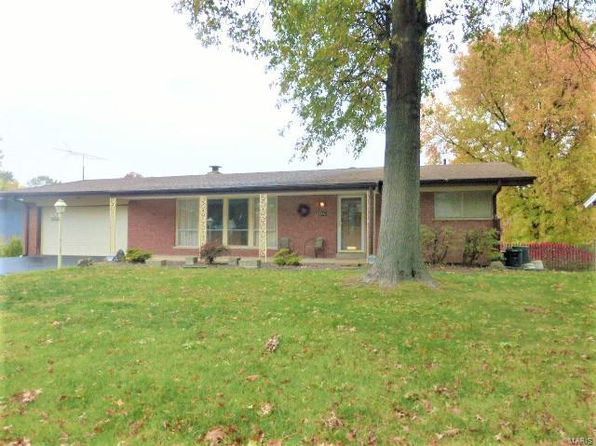 3 bed 3 bath Single Family at 10021 PEBBLE BEACH DR SAINT LOUIS, MO, 63114 is for sale at 130k - 1 of 35