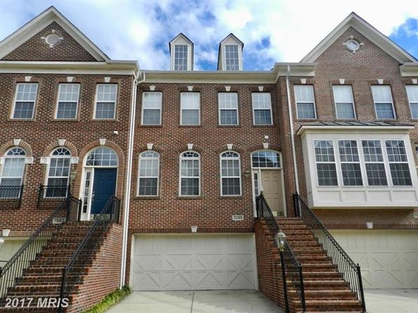 3 bed 4 bath Townhouse at 13180 Fox Hunt Ln Oak Hill, VA, 20171 is for sale at 580k - 1 of 30