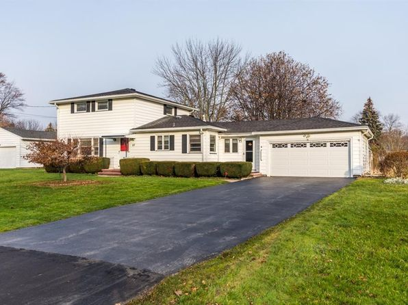 4 bed 2 bath Single Family at 82 Midland Dr Webster, NY, 14580 is for sale at 155k - 1 of 21