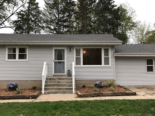 3 bed 2 bath Single Family at W1013 Margurite Dr Genoa City, WI, 53128 is for sale at 162k - 1 of 8