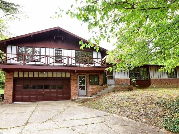 4 bed 2 bath Single Family at 295 River Rd Hinckley, OH, 44233 is for sale at 305k - 1 of 25