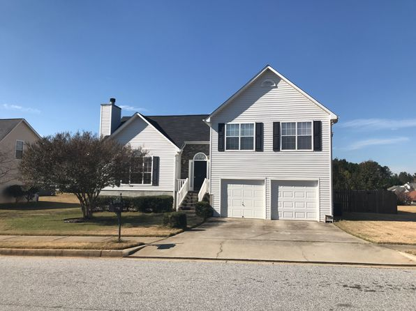 3 bed 3 bath Single Family at 11885 Fairway Overlook Fayetteville, GA, 30215 is for sale at 145k - 1 of 6