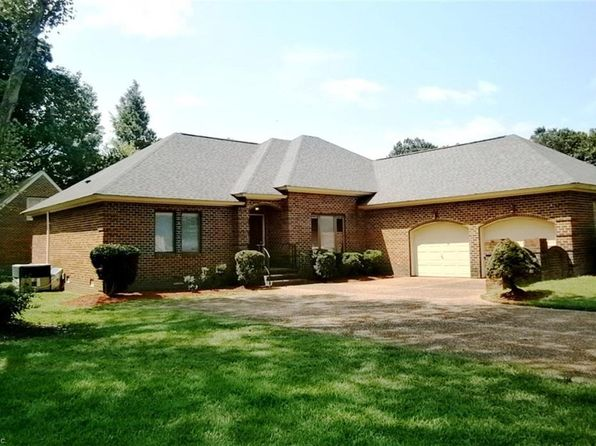 5 bed 4 bath Single Family at 101 Millers Cove Rd Newport News, VA, 23602 is for sale at 354k - 1 of 31