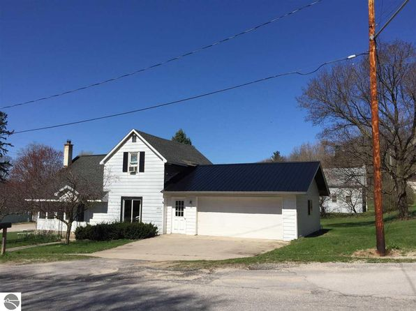 2 bed 1 bath Single Family at 2310 Henry St Honor, MI, 49640 is for sale at 70k - 1 of 15