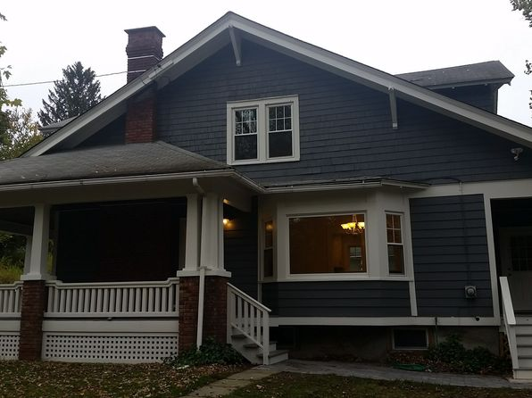 3 bed 2 bath Single Family at 3 White St Marlboro, NY, 12542 is for sale at 250k - 1 of 28