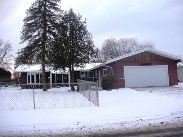 3 bed 2 bath Single Family at 3925 Jordan Ln Stevens Point, WI, 54481 is for sale at 148k - 1 of 27
