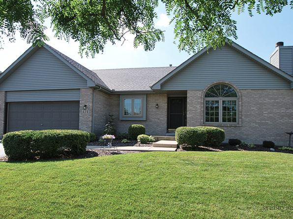 3 bed 2 bath Single Family at 424 Fawn Dr Oswego, IL, 60543 is for sale at 230k - 1 of 39