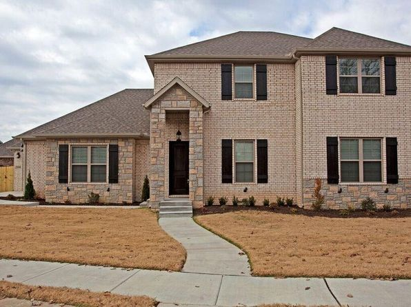 5 bed 3 bath Single Family at 1690 S Coopers Cv Fayetteville, AR, 72701 is for sale at 335k - 1 of 24
