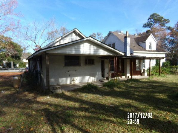 3 bed 2 bath Single Family at 1109 Berkeley St Hanahan, SC, 29410 is for sale at 56k - 1 of 12