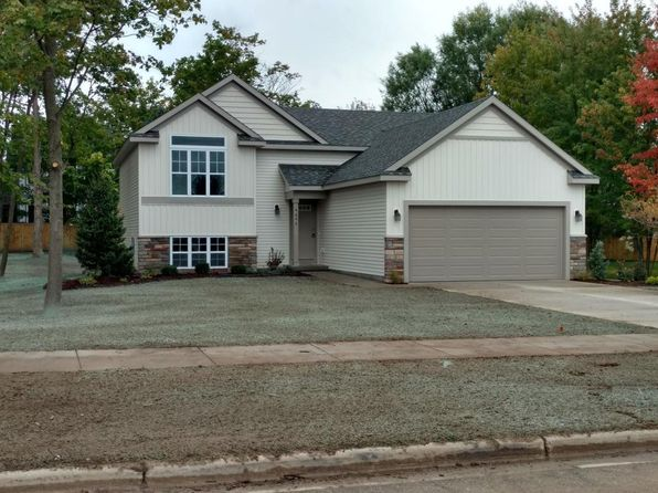 4 bed 2 bath Single Family at 4642 CIDER WOOD DR NW WALKER, MI, 49534 is for sale at 265k - 1 of 24