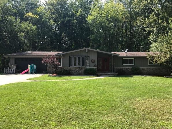 3 bed 2 bath Single Family at 37 Stevenson St Croswell, MI, 48422 is for sale at 125k - 1 of 16