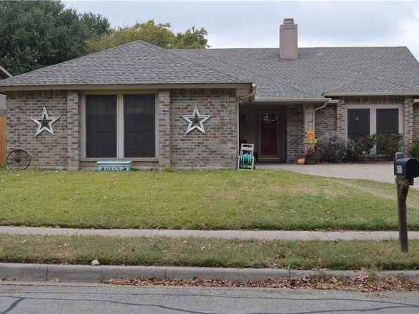 3 bed 2 bath Single Family at 4317 Crabapple St Fort Worth, TX, 76137 is for sale at 184k - 1 of 18