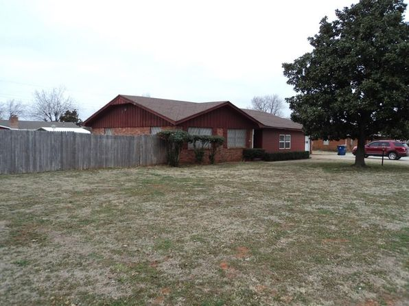 3 bed 2 bath Single Family at 101 ARLINGTON RD CHICKASHA, OK, 73018 is for sale at 95k - 1 of 32