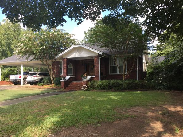 4 bed 3 bath Single Family at 176 N Brooks St Pontotoc, MS, 38863 is for sale at 225k - 1 of 46