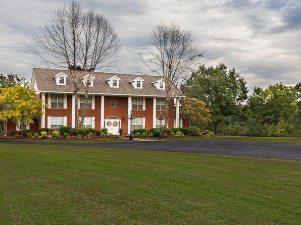 4 bed 5 bath Single Family at 11 Acres! 6340 N 59 Hwy Van Buren, AR, 72956 is for sale at 640k - 1 of 30