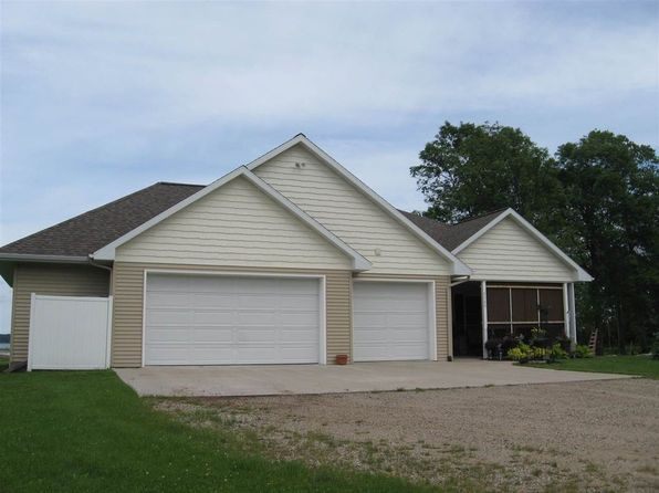 3 bed 3 bath Single Family at 9740 S 40 Ln Rapid River, MI, 49878 is for sale at 300k - 1 of 28