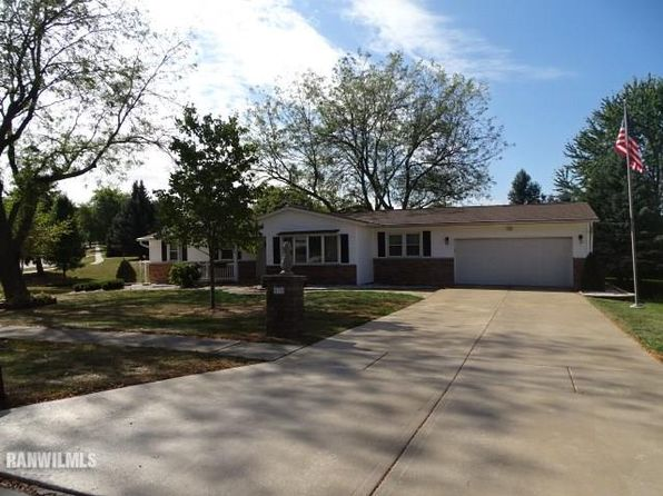 3 bed 2 bath Single Family at 618 N Greenfield Dr Freeport, IL, 61032 is for sale at 128k - 1 of 23