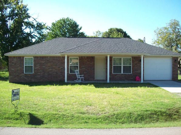 3 bed 2 bath Single Family at 813 N 2nd St Ozark, AR, 72949 is for sale at 112k - 1 of 11