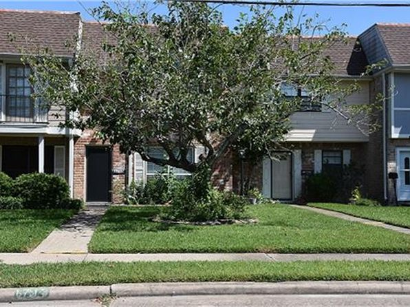 2 bed 2 bath Townhouse at 1713 Alabama St Pasadena, TX, 77503 is for sale at 115k - 1 of 9