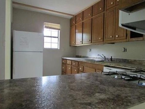 2 bed 2.5 bath Townhouse at 2028 Drennon Ave Austell, GA, 30106 is for sale at 65k - 1 of 8
