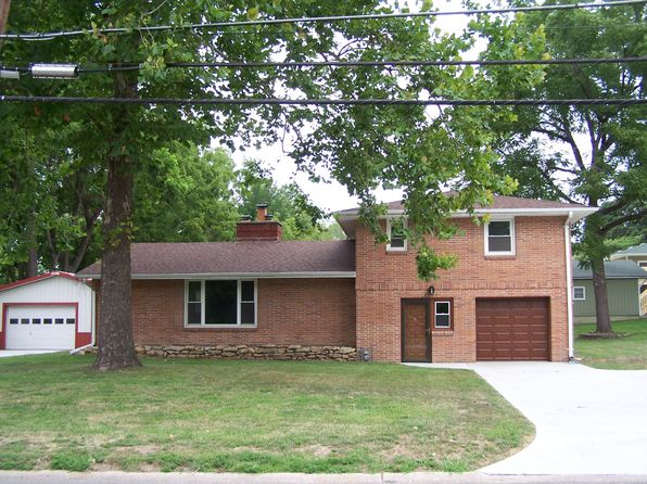 3 bed 1 bath Single Family at 3901 Pickett Rd Saint Joseph, MO, 64503 is for sale at 145k - 1 of 12