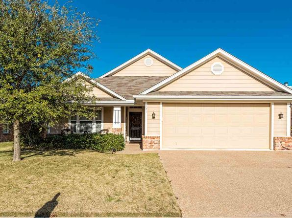 4 bed 2 bath Single Family at 721 Hesston Cir Robinson, TX, 76706 is for sale at 205k - 1 of 25
