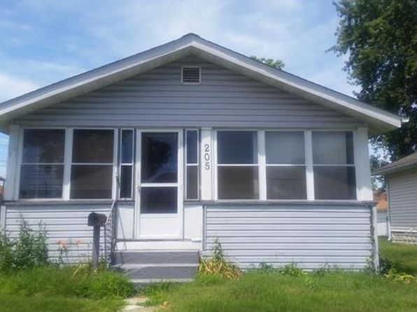 2 bed 1 bath Single Family at 205 Ohio St East Alton, IL, 62024 is for sale at 40k - google static map
