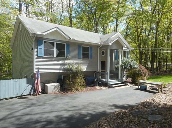 3 bed 2.5 bath Single Family at 15 Brookfield Ln E Stroudsburg, PA, 18301 is for sale at 189k - 1 of 16