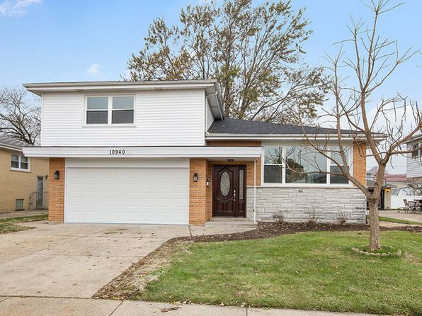 3 bed 3 bath Single Family at 10940 S Kilbourn Ave Oak Lawn, IL, 60453 is for sale at 290k - 1 of 15