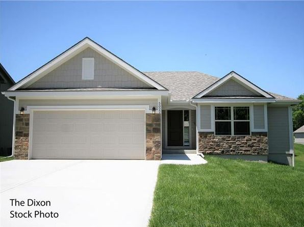 4 bed 3 bath Single Family at 11917 N TRACY ST KANSAS CITY, MO, 64155 is for sale at 285k - 1 of 10