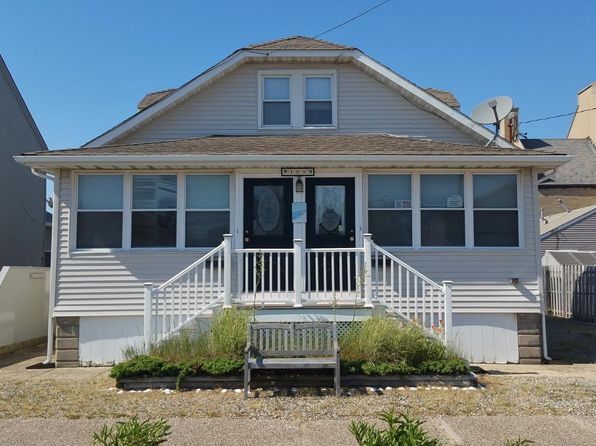 5 bed 2 bath Single Family at 105 Philadelphia Ave Lavallette, NJ, 08735 is for sale at 649k - 1 of 17