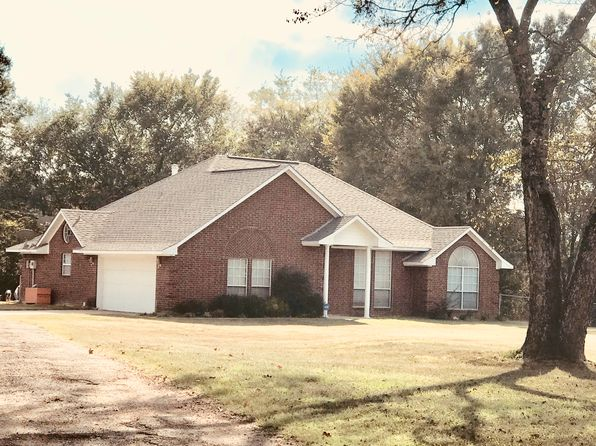 3 bed 2 bath Single Family at 3974 E US Highway 67 Mount Pleasant, TX, 75455 is for sale at 180k - 1 of 17