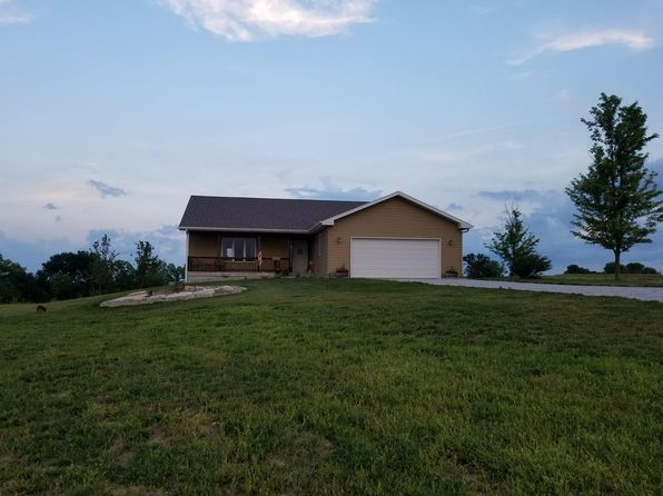 3 bed 3 bath Single Family at 11700 S 171st Ct Bennet, NE, 68317 is for sale at 395k - 1 of 27