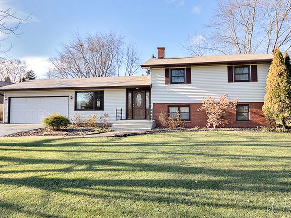 3 bed 1 bath Single Family at 807 N Sharon Dr Woodstock, IL, 60098 is for sale at 195k - 1 of 30