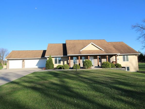 3 bed 3 bath Single Family at 4773 Dewees Ct Cedar Rapids, IA, 52411 is for sale at 403k - 1 of 32