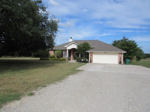 3 bed 2 bath Single Family at 2325 Thomas Dr Brownwood, TX, 76801 is for sale at 385k - 1 of 27